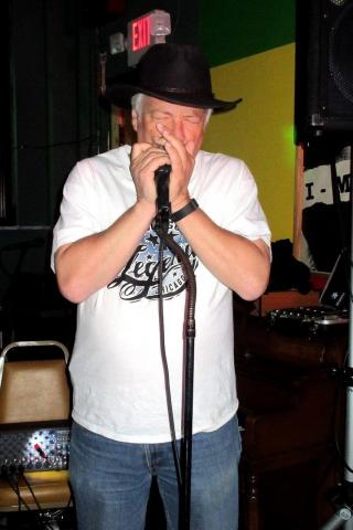 Bob Devries Blues Band